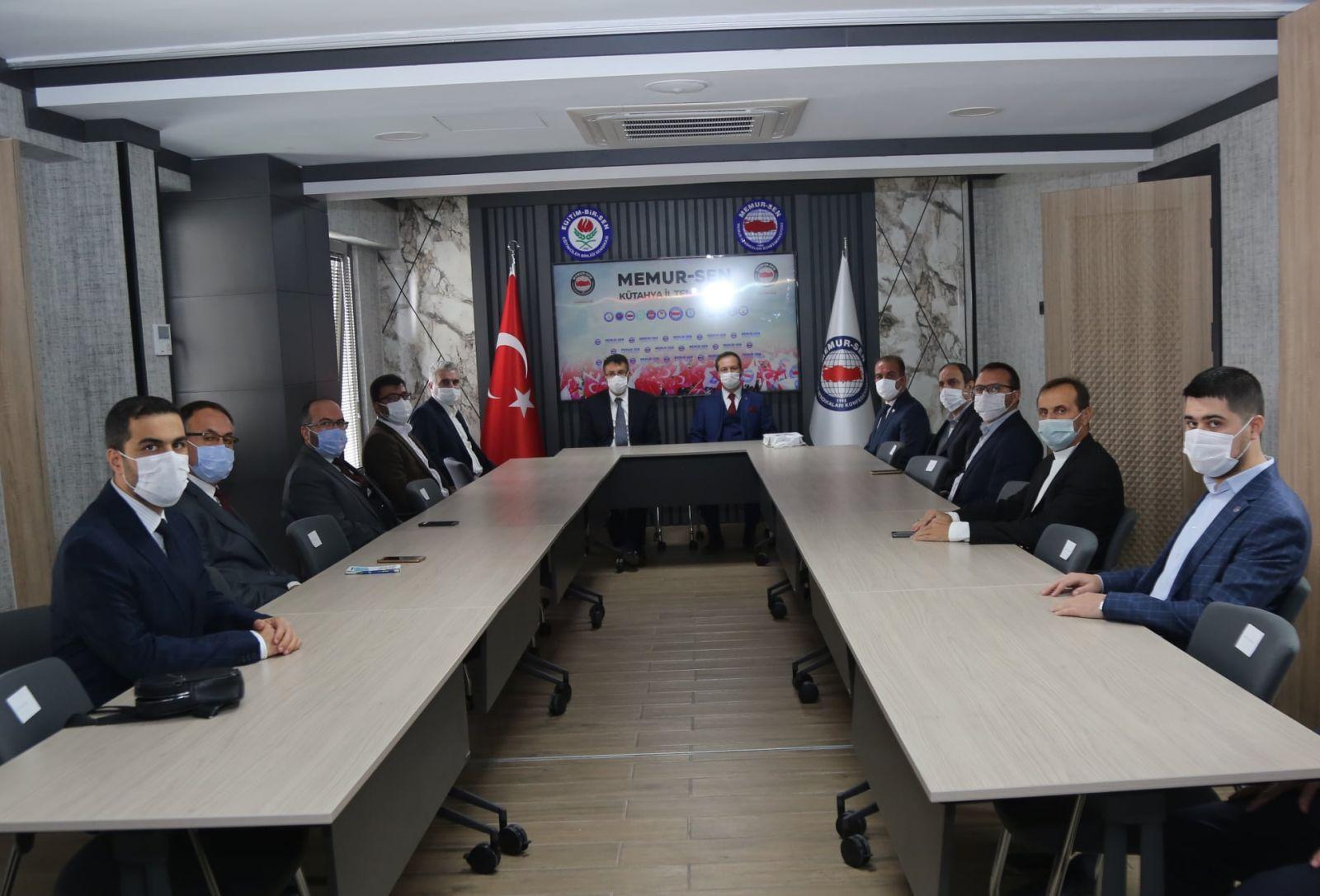 VALİ ÇELİK'TEN SENDİKAMIZA ZİYARET